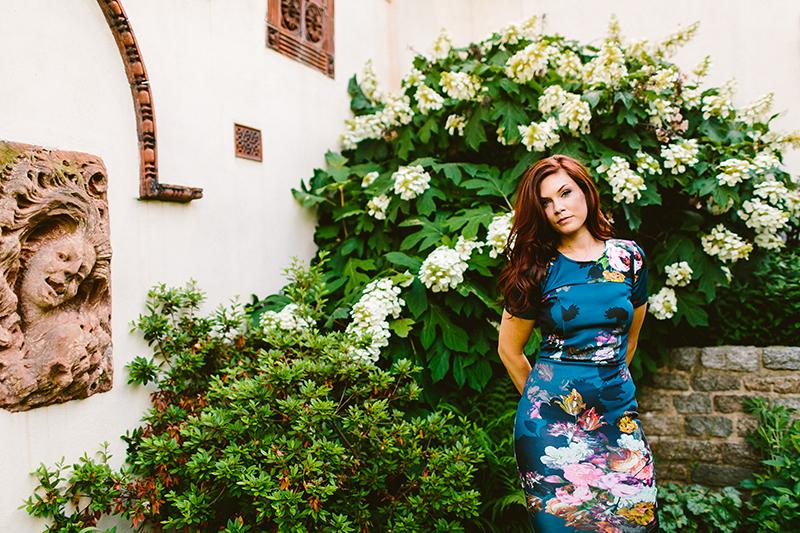 Philadelphia Garden Engagement Shoot (5)