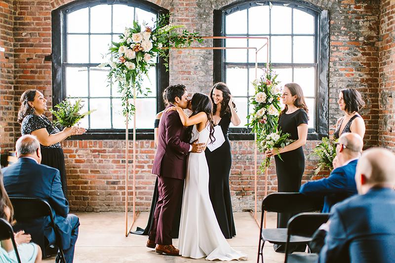 Courtney   Heta      Philadelphia Distilling Wedding  U00bb The Redfield Blog